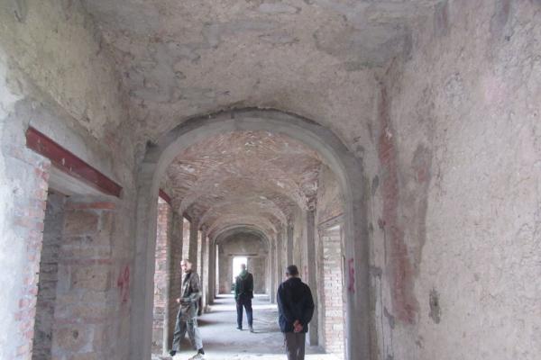 corridoio-parzialmente-ricostruito56F7DA46-880F-754C-F636-5B42D8619B0F.jpg
