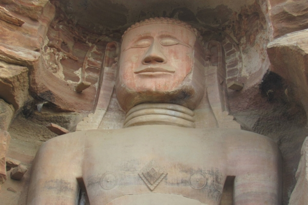 gwalior-statue-jainiste-fileminimizerABB7A951-7C9B-53AE-74C8-2FB0A48BB3A4.jpg